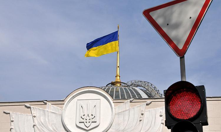 Яценюк требует у «Газпрома» 16 млрд долларов