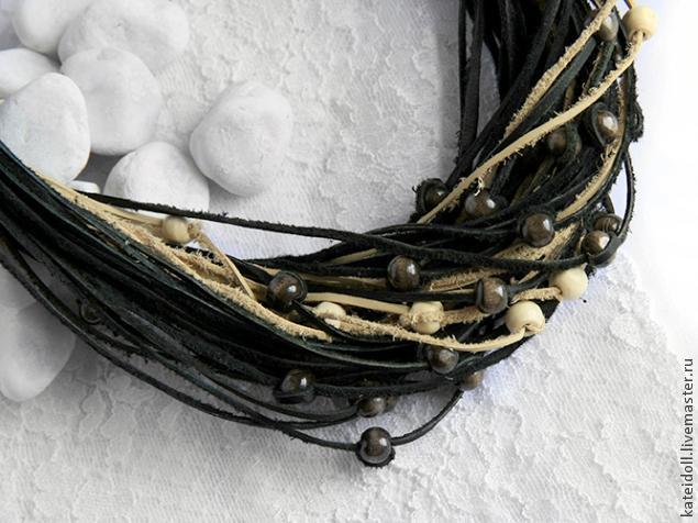 Украшения из кожаных шнурков