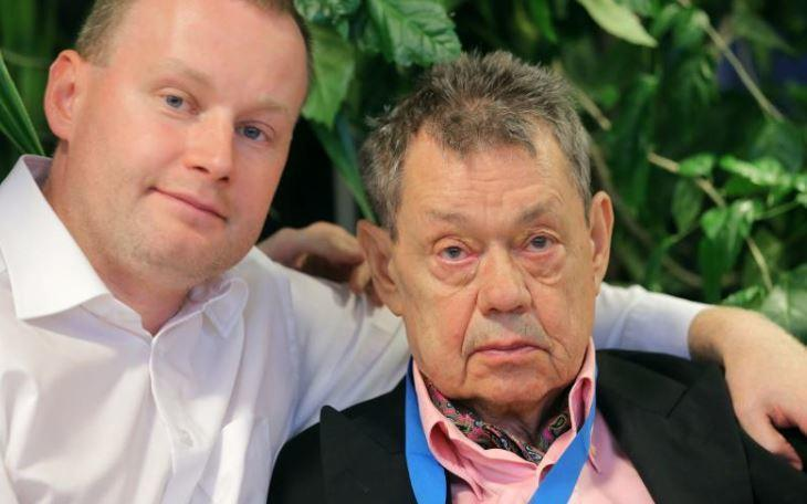 Сын Караченцова поведал о состоянии здоровья отца