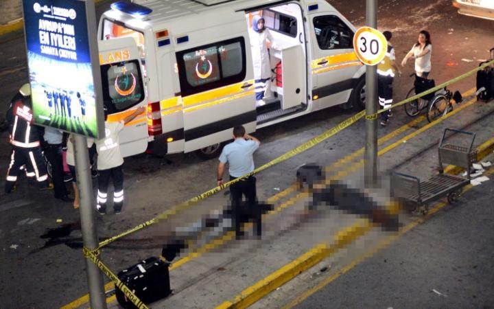Кровавый теракт в аэропорту в Стамбуле