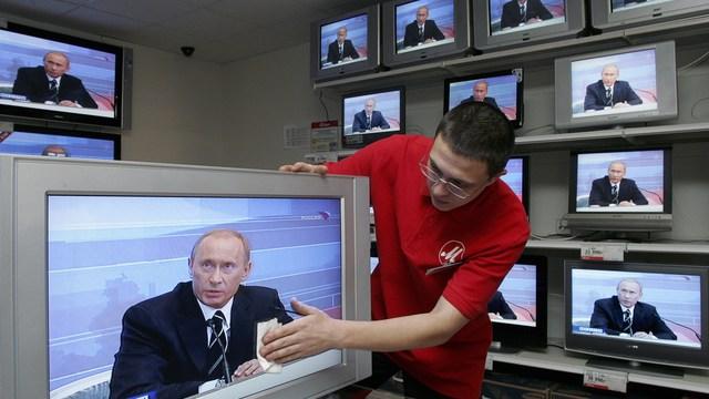 В Европе задумались, как россиянам раскрыть глаза на Путина