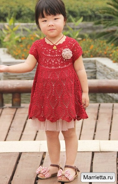 Летнее платье крючком узором ананас для девочки (3) (402x627, 252Kb)