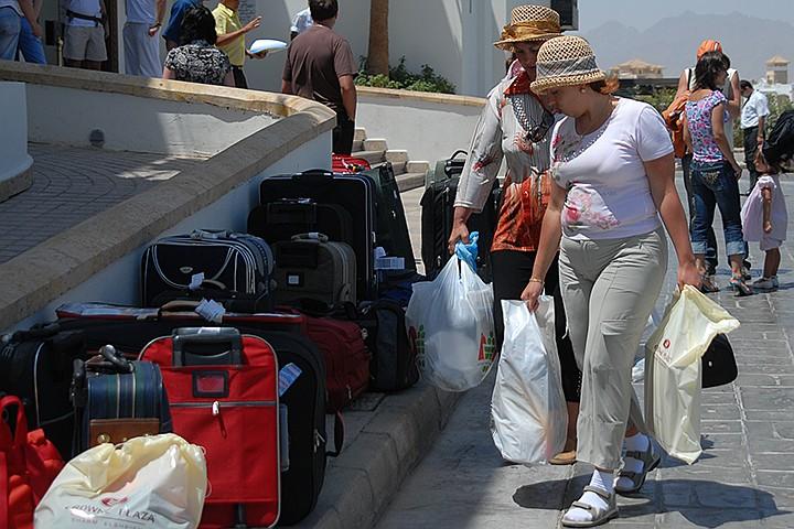 «Натали Турс» аннулировала все туры: как вернуть деньги, что делать при выселении из отеля