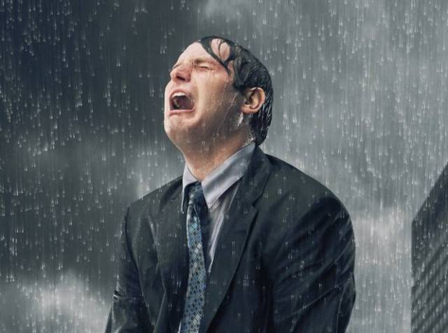 Почти половина мужчин плачет…