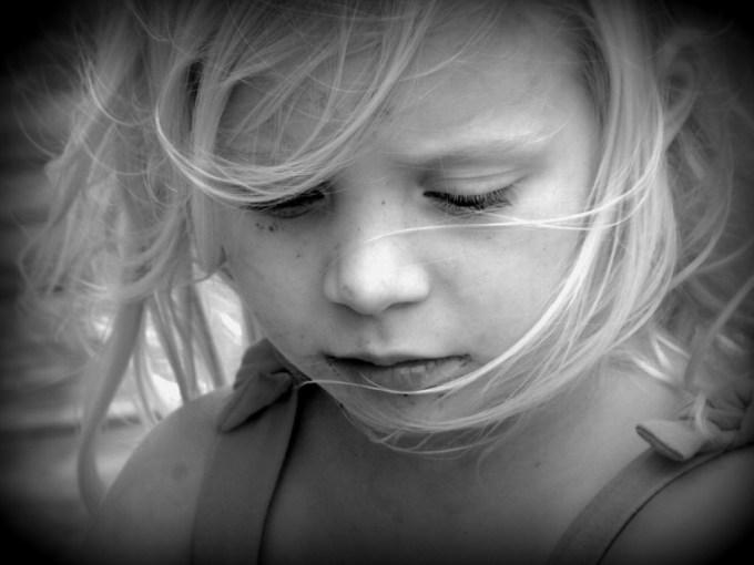 15 фраз, о которых родителям стоит навсегда забыть в разговоре с детьми