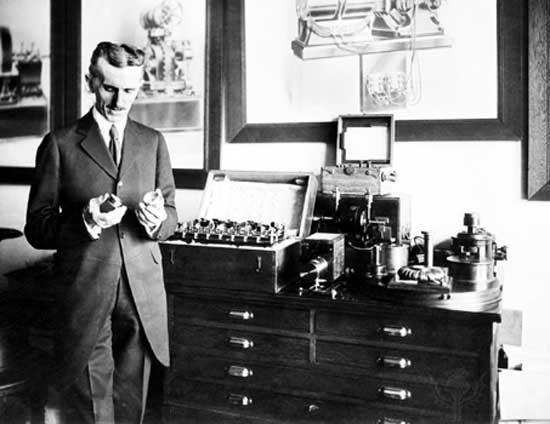 Nikola-Tesla.jpeg