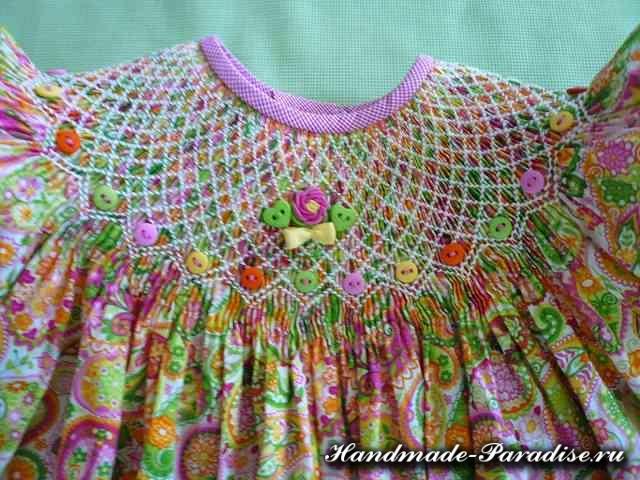 Вышивка розочек рококо для