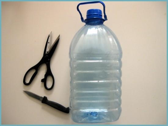 Как сделать кормушку из 5 литровой пластиковой бутылки фото