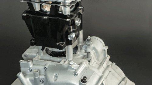 Пластиковые детали двигателя