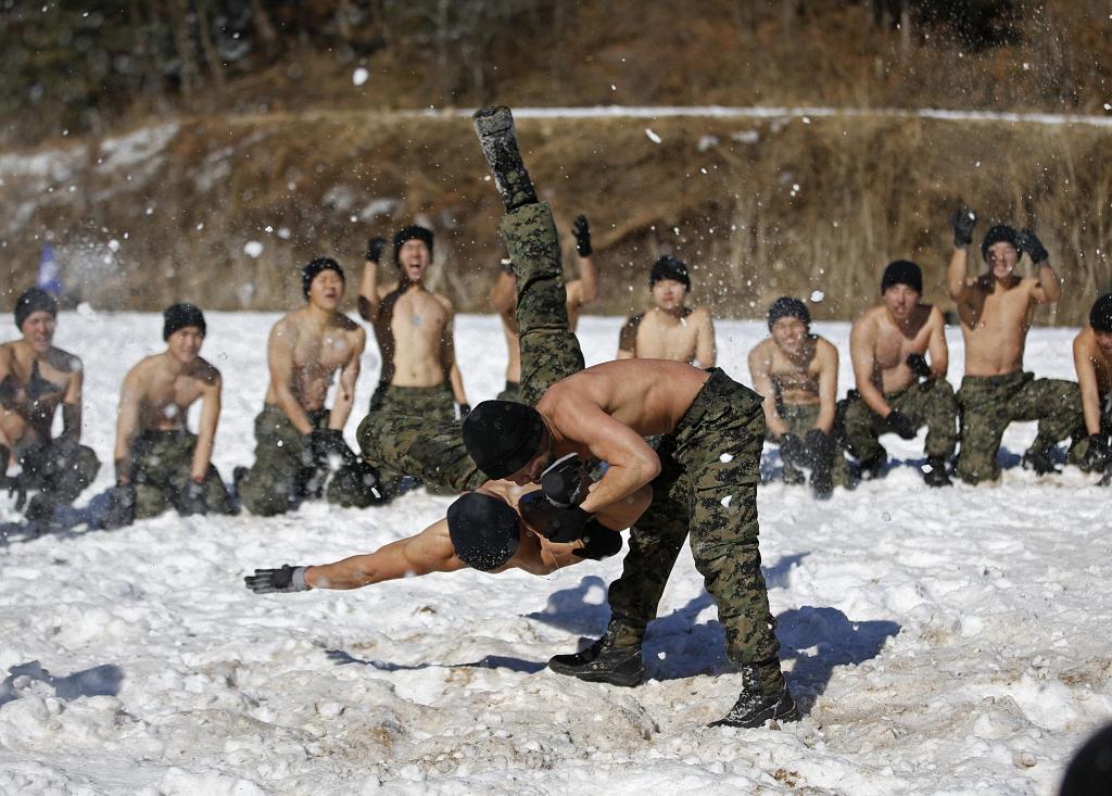 Зимние учения южнокорейского спецназа-8