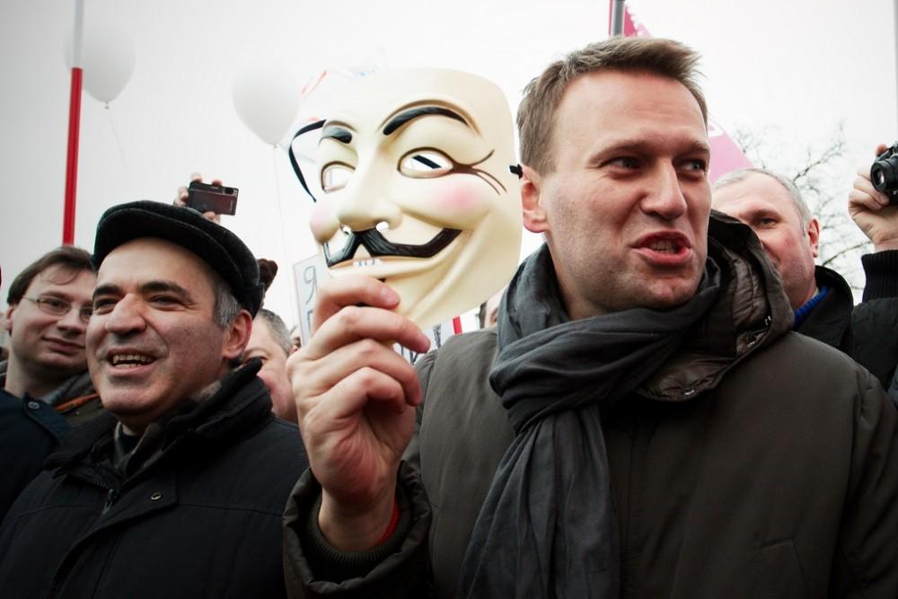 Навальный — такой же, как и Путин?