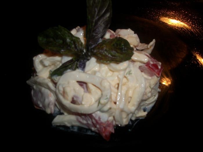 салат с кальмарами 006 (700x525, 300Kb)