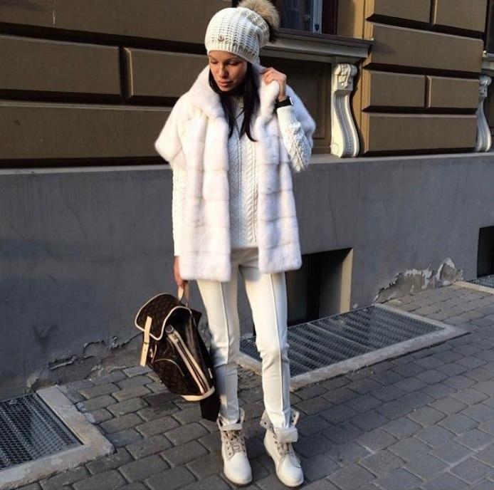 Зимние будни: 9 шикарных вариантов, как одеться тепло и стильно