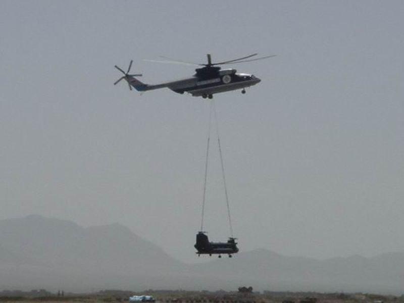 Вертолеты американской авиационной бригады, предназначенные для баз НАТО в Восточной Европе, прибыли в Германию - Цензор.НЕТ 7345