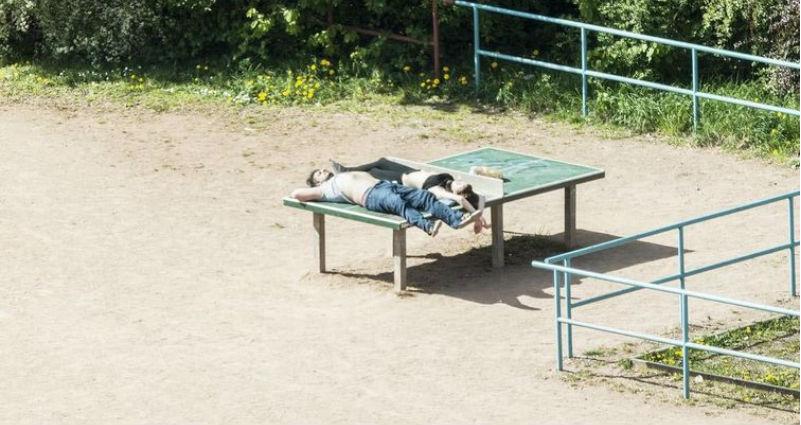 Японец пять лет фотографировал теннисный стол, и он нужен людям совсем не для пинг-понга