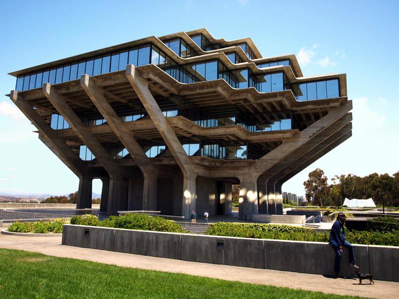 1232 15 самых красивых библиотек мира