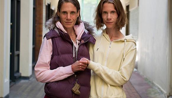 Завораживающие портреты близнецов