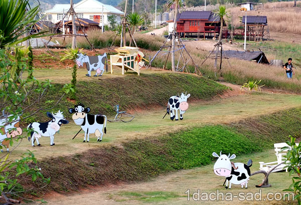 Корова для сада