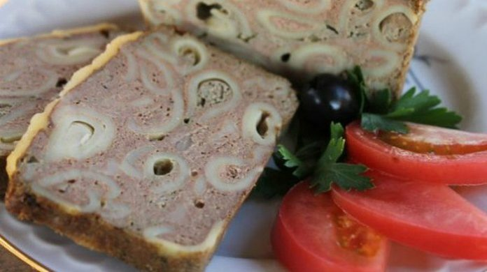 Печеночный кекс с макаронами: многие оценили простоту и вкус этого блюда