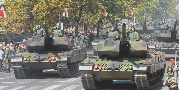 Польша провела парад победы …