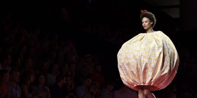 Неделя моды в Мадриде шокировала моделями с обнажённой грудью. Фото