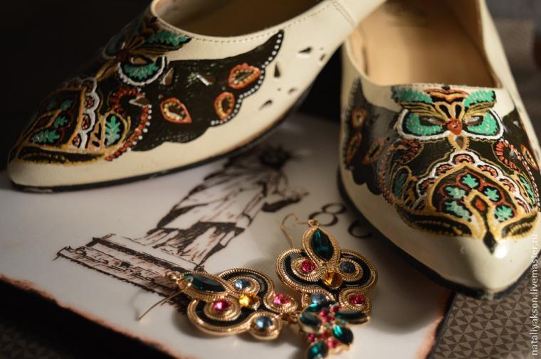 Роспись туфель акриловыми красками