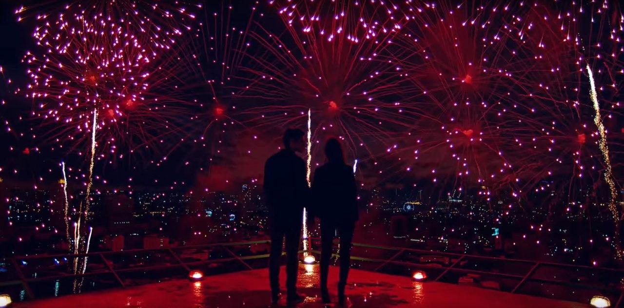 Самые крутые и яркие моменты 2015 года в одном видео. Оставим в памяти только хорошее