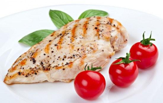Диетическая грудка – любимый продукт спортсменов и худеющих. Подборка рецептов диетической грудки для стройной фигуры