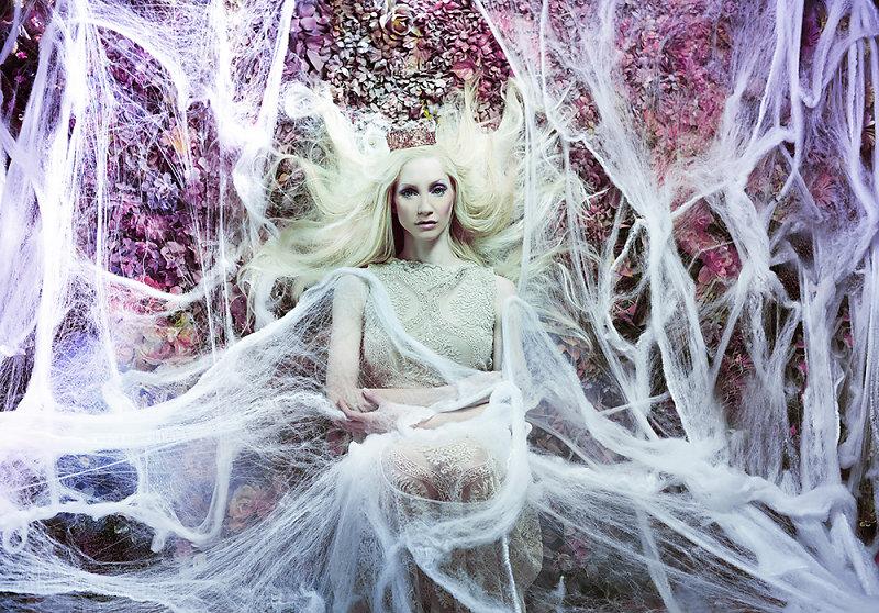 Фотопрект «Таинственный сад». Потрясающие сюрреалистические портреты фотографа Даниэлы Мэджик - 5