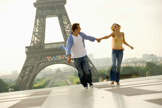 Город любви: чем заняться романтику в Париже