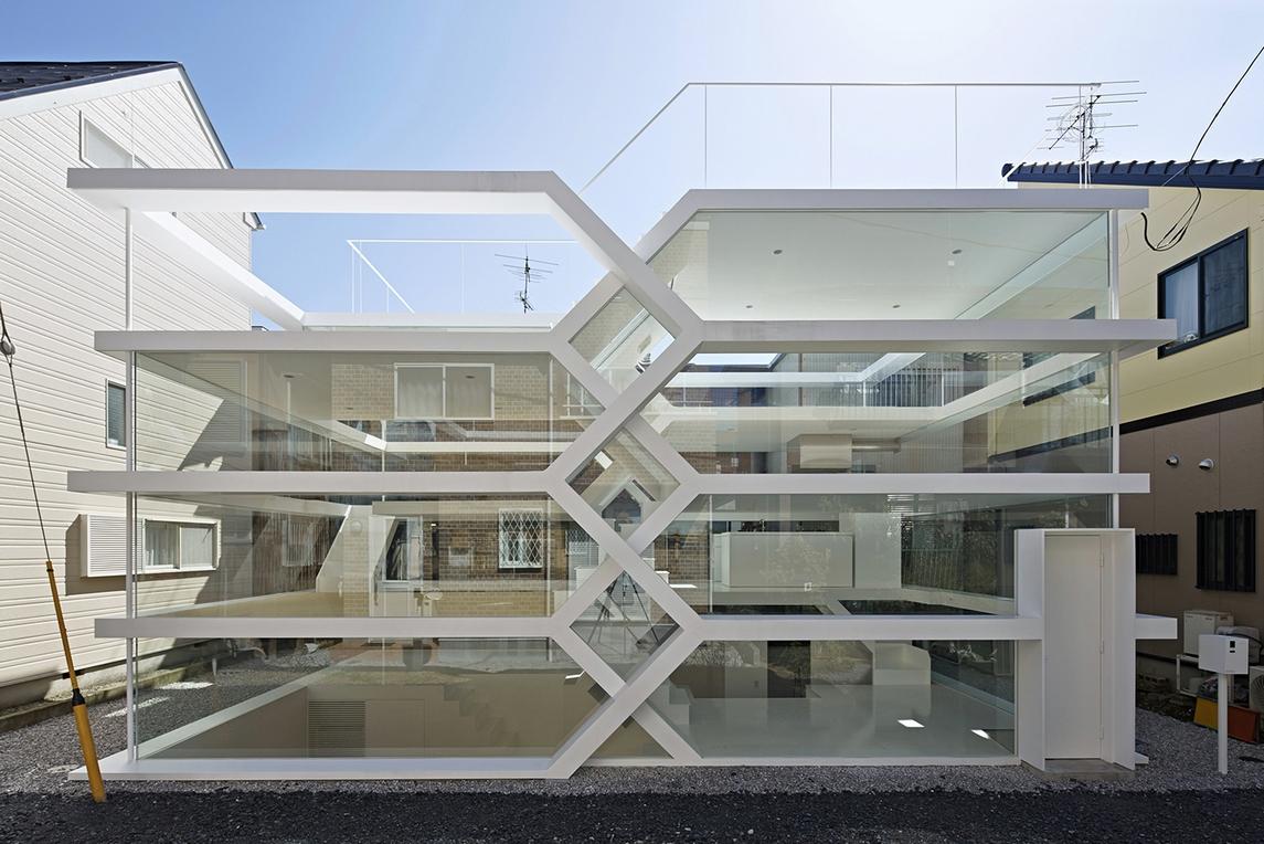 Прозрачный дом: для тех, у кого нет секретов от соседей