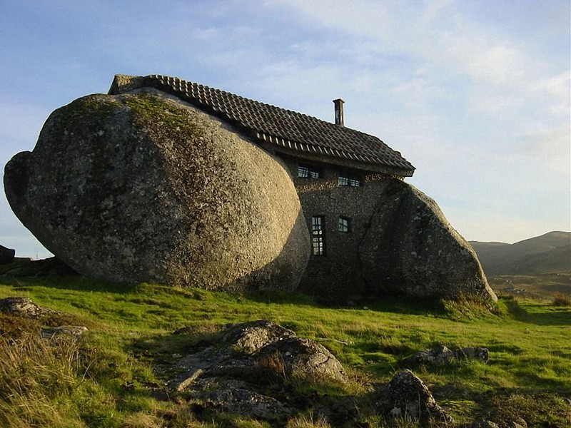 8. Дом из цельного камня (Stone House) в Португалии. в мире, дом