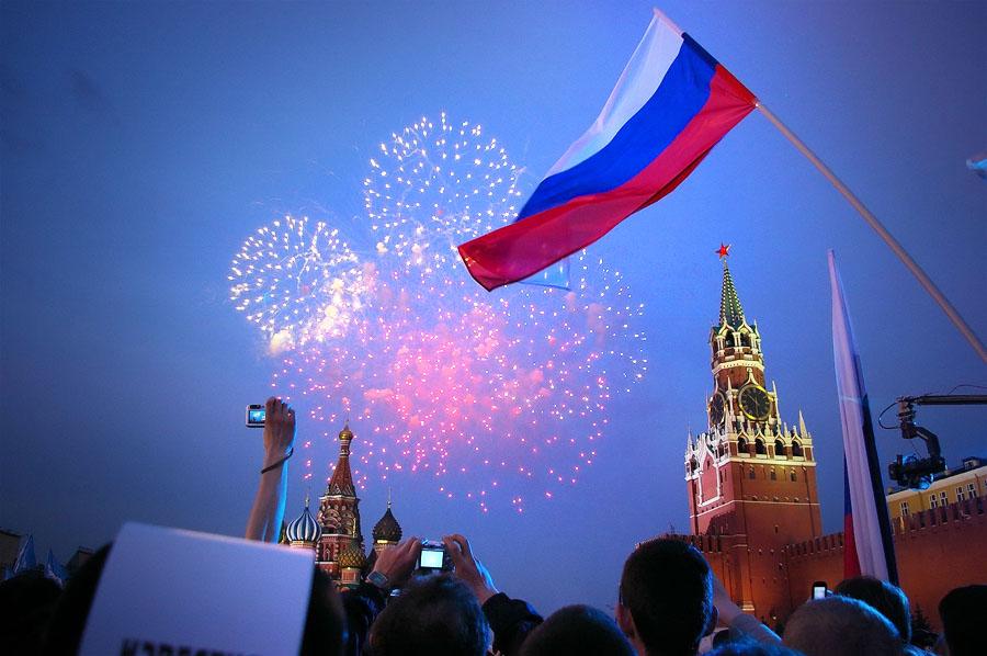 Как живут россияне сейчас и как жили перед развалом СССР