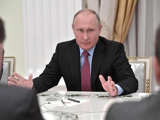 Путин пообещал решительно защищать русских за рубежом