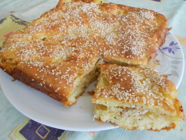 Заливной пирог с картошкой и курицей