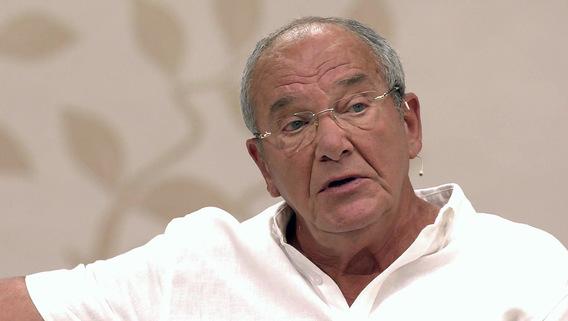 «Готовимся к появлению братика»: 78-летний Эммануил Виторган объявил о решении завести еще одного ребенка