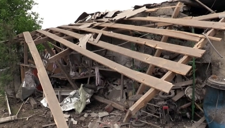 Украинские военные обстреляли Докучаевск из запрещенного оружия