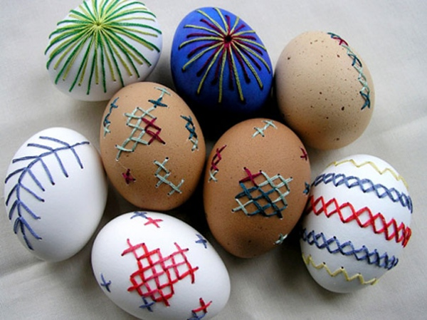 Яйца с вышывкой