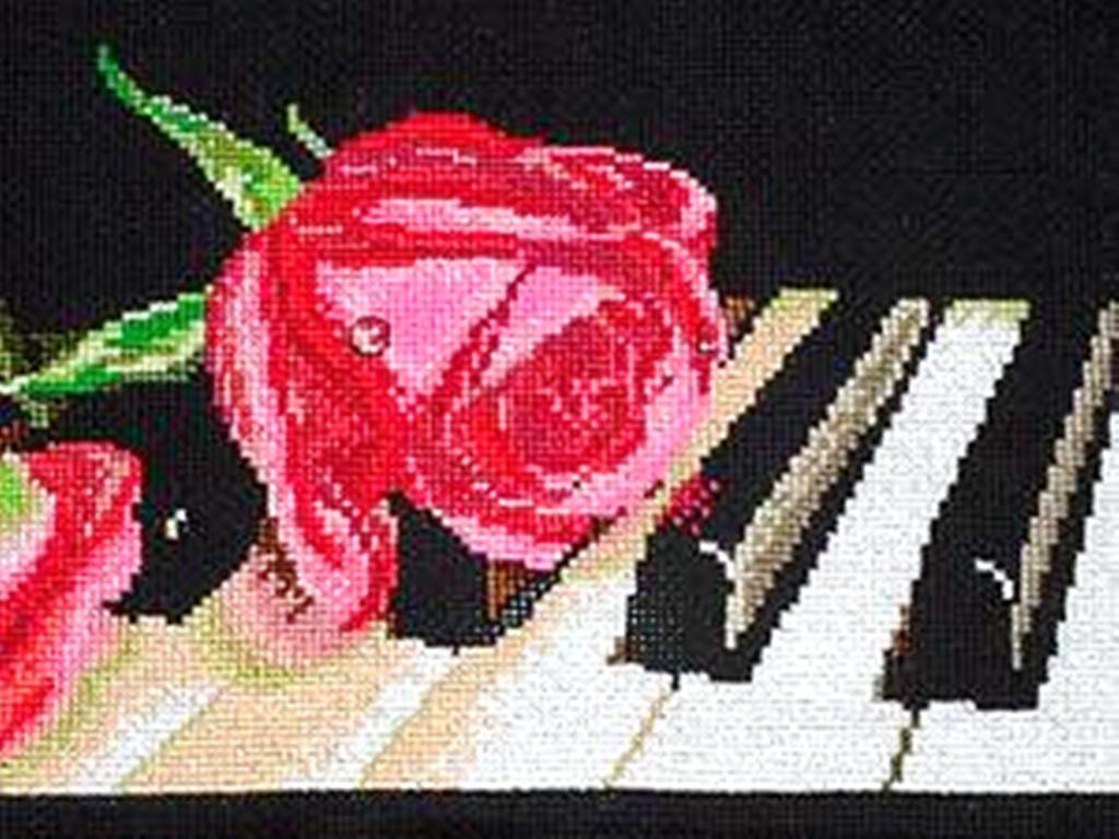 Розы на пианино