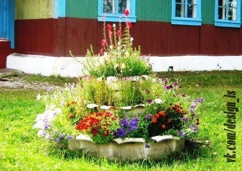 Цветы в старых вещах: необычные идеи для клумбы