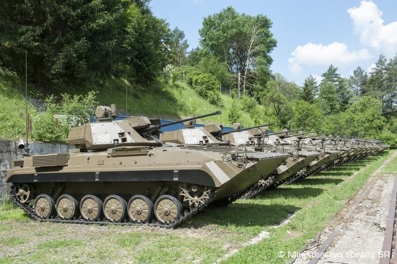 Словацкая армия получила модернизированные боевые машины пехоты