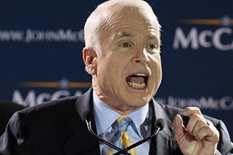 Сенатор Маккейн сгорает от стыда за непоставленное Украине оружие