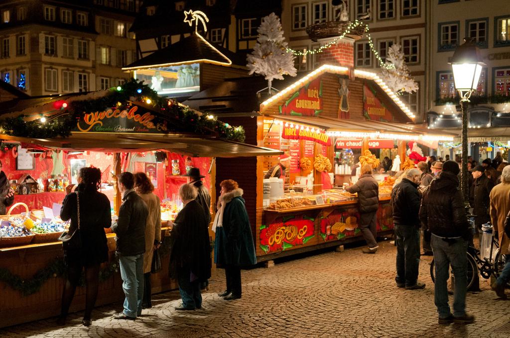 Экстремальные аттракционы на зимних рынках Европы