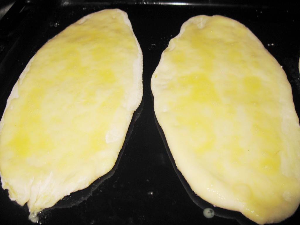 Тонкие жареные пирожки с картошкой на кефире выпечка, еда