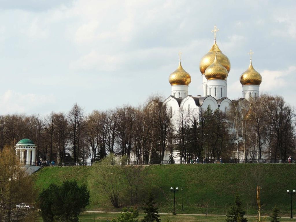 Успенский собор – архитектурная доминанта и украшение тысячелетнего Ярославля