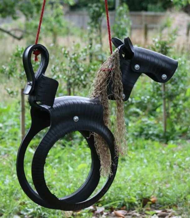 Для изготовления поделок из покрышек лучше использовать мягкий тип шин.