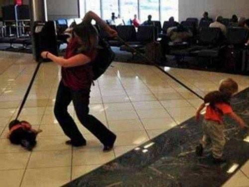 Материнство - трудная работа аэропорт, интересное, прикол, самолёты, фото
