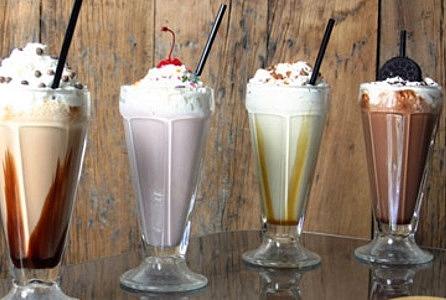 Молочный коктейль назван самым вредным напитком в мире