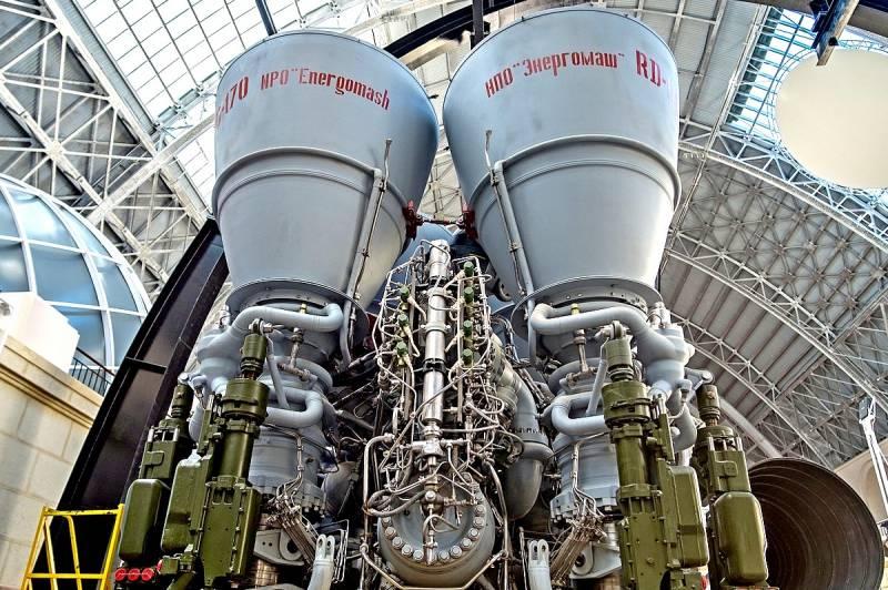 Российский «царь-двигатель» …