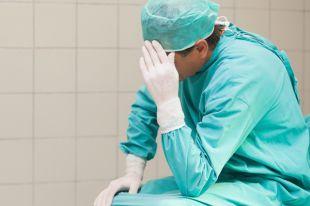 Здравоохранение реформируют - люди умирают